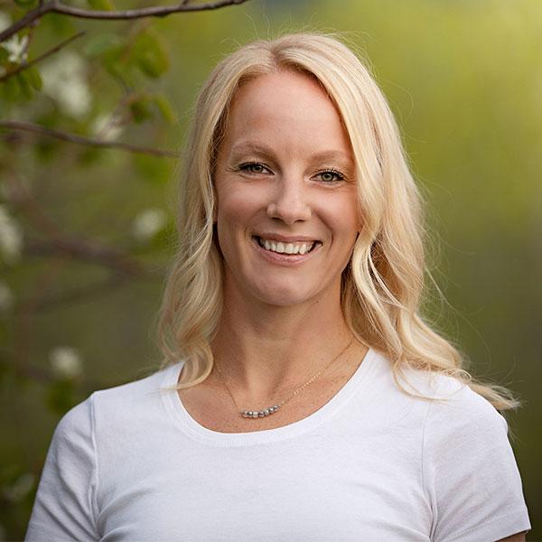 Vernon Chiropractor Dr.Erin Woitzik, DC, Rose City Wellness